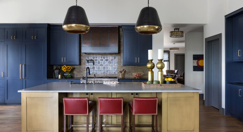 6 Beautiful Blue-and-Wood Kitchens (6 photos)