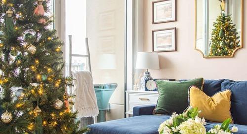 MEGHAN'S JEWEL-TONE MIDTOWN CHRISTMAS TREE