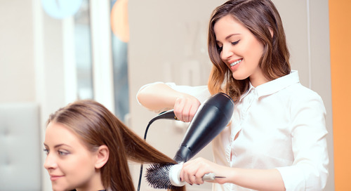 4 Types Of Referrals for Beauty Professionals (And How to Use Them!)