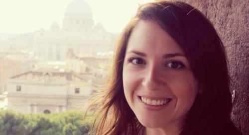 Présentation de SusieSaliola, analyste de l'équipe Milieu scolaire et recherche d'EsriCanada