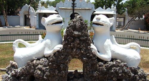 Mengunjungi Keraton Termegah Milik Kota Cirebon