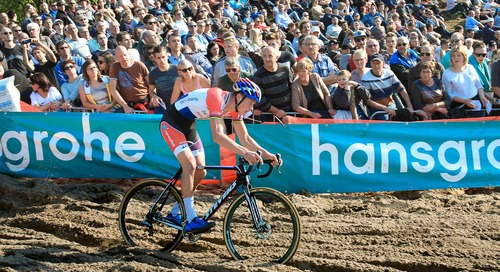 Van der Poel Bowls Over Rivals at Superprestige Zonhoven – Report, Results