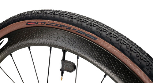Zipp Rolls into Gravel with New Tangente Course G40 Tire