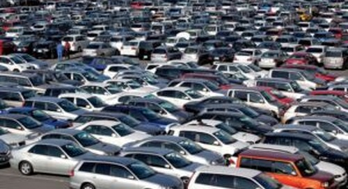 A Call for Caution As Dealers Return to Auctions