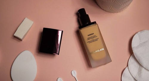 REVIEW: Hourglass Vanish Liquid Foundation