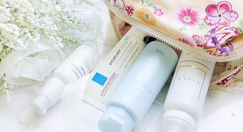 Trik Agar Skin Care dan Makeup Aman Selama Traveling!