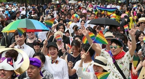 LGBTQ&A: Teaching English in Kyoto, Japan with Bart