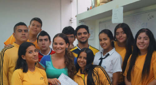 What Type of Visa Can I Use to Teach English in Colombia?