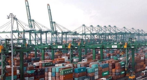 Indian freight groups press government on shipping surcharges