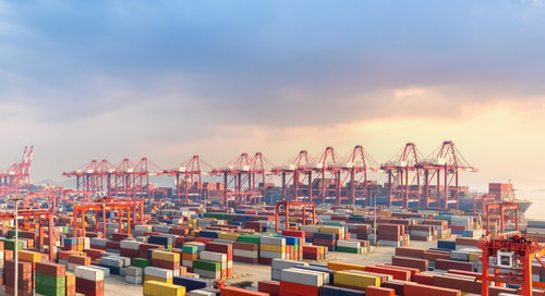 Chinese port volumes slow amid trade war