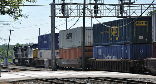 CSX, UP push efficiency despite sharp Q3 intermodal declines