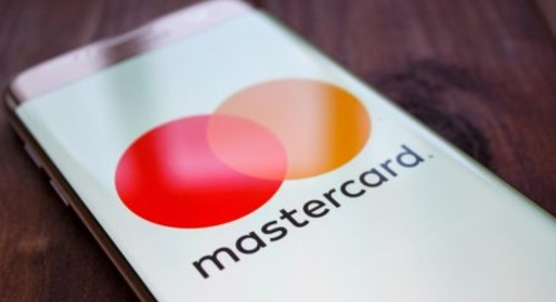 Mastercard: No Signatures on Cards or Receipts
