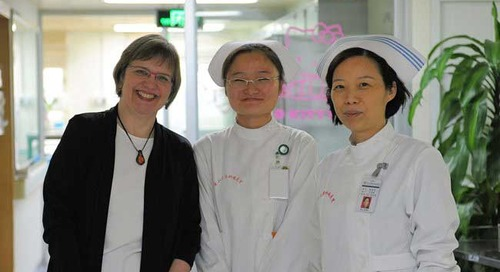 Sharing Knowledge with Nursing Colleagues in China